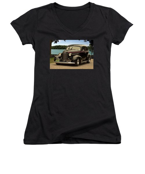 1937 Oldsmobile Custom Sedan Hot Rod Women's V-Neck T-Shirt