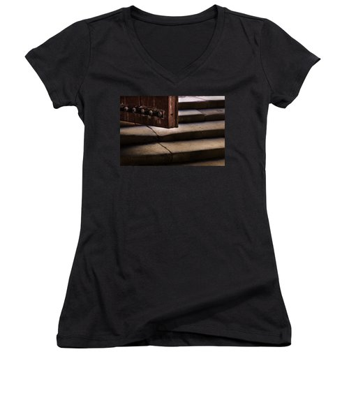Here It's Cold Women's V-Neck T-Shirt