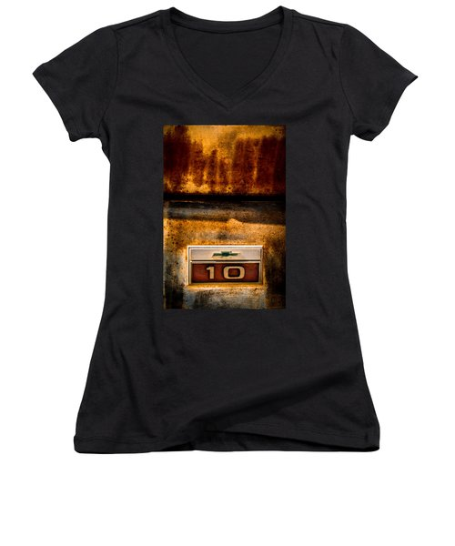 Rusted C10 Women's V-Neck T-Shirt