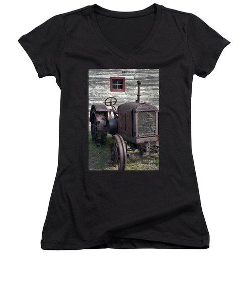 The Old Mule  Women's V-Neck T-Shirt