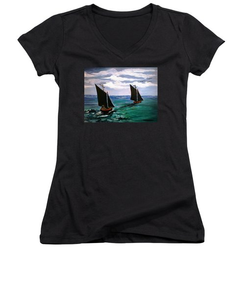 Travelling Women's V-Neck (Athletic Fit)