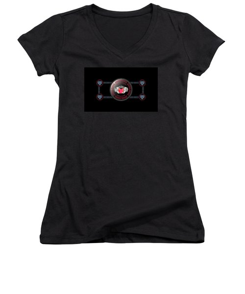 Celtic Claddagh Ring Women's V-Neck (Athletic Fit)
