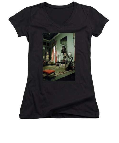 A Drawing Room Women's V-Neck