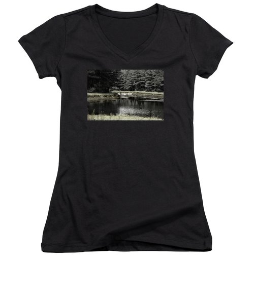 A Pond Women's V-Neck