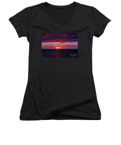 Alaskan Sunset Women's V-Neck T-Shirt (Junior Cut) by Bob Hislop