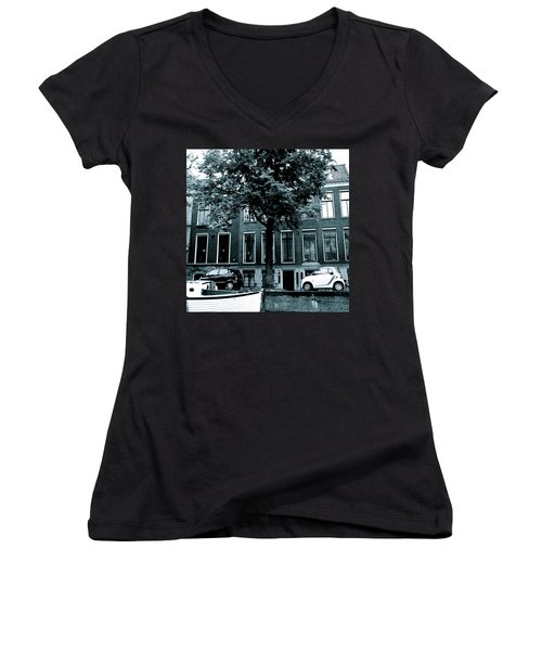 Amsterdam Electric Car Women's V-Neck (Athletic Fit)