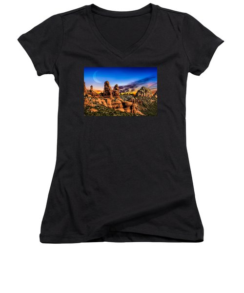 Arizona Life Women's V-Neck (Athletic Fit)