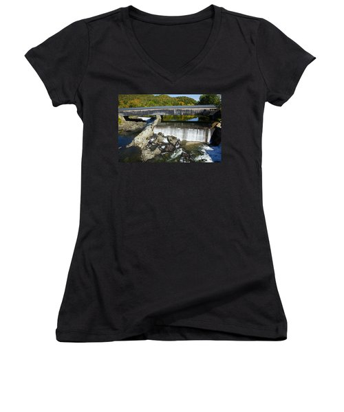 Bath Haverhill Covered Bridge In Autumn Women's V-Neck T-Shirt