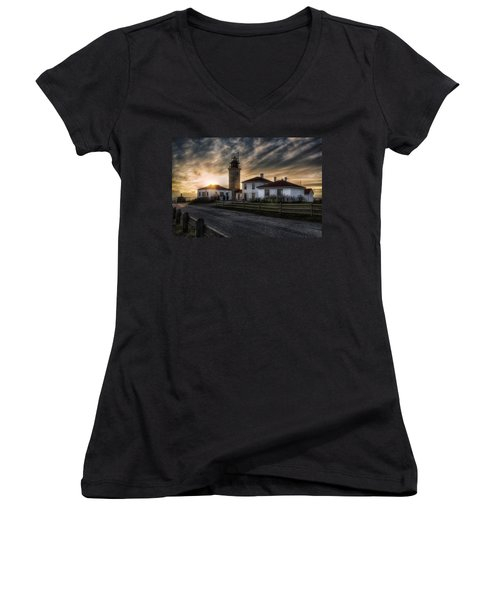 Beavertail Lighthouse Sunset Women's V-Neck T-Shirt (Junior Cut)