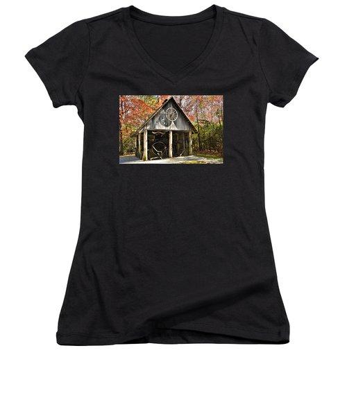 Blacksmith Shop Women's V-Neck T-Shirt