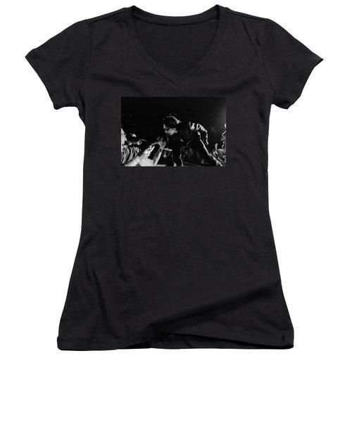 Bono 051 Women's V-Neck (Athletic Fit)
