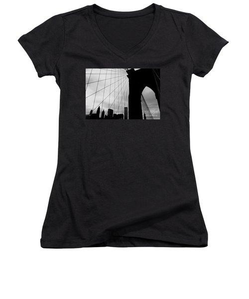 Brooklyn Bridge No.2 Women's V-Neck (Athletic Fit)
