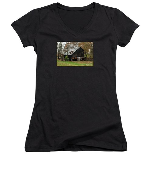 Women's V-Neck T-Shirt (Junior Cut) featuring the photograph Burley Tobacco  Barn by Debbie Green