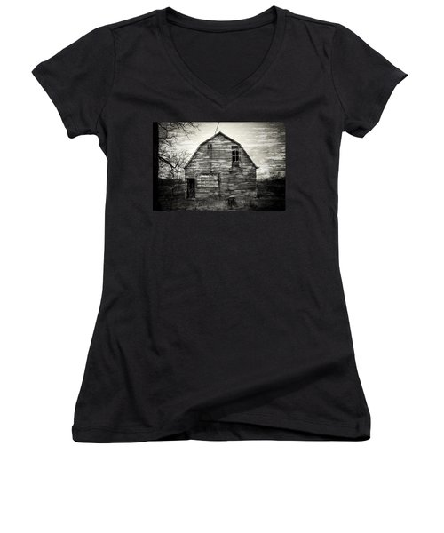 Canadian Barn Women's V-Neck (Athletic Fit)