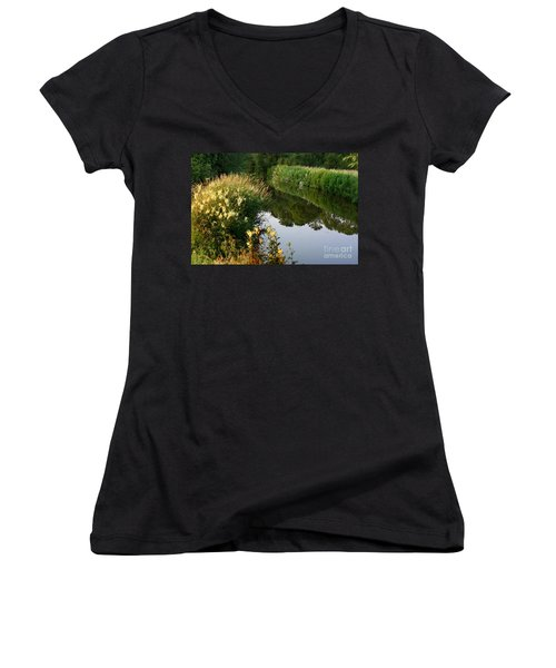 Canal Reflections Women's V-Neck