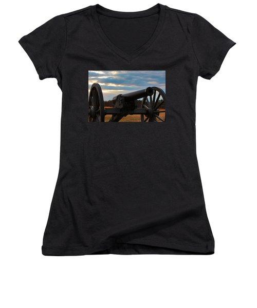 Cannon Of Manassas Battlefield Women's V-Neck T-Shirt