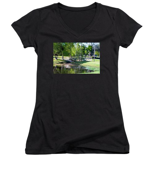 Carpenters Park 3 Women's V-Neck