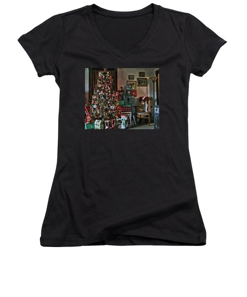 Christmas Women's V-Neck (Athletic Fit)