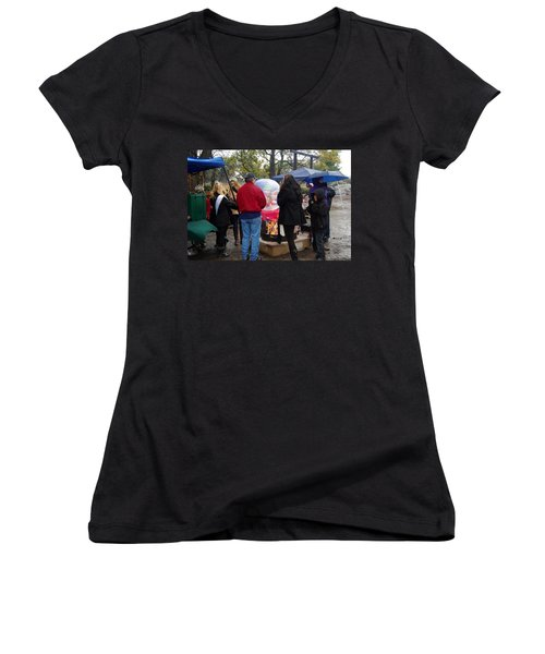 Christmas People Cold And Muddy Women's V-Neck