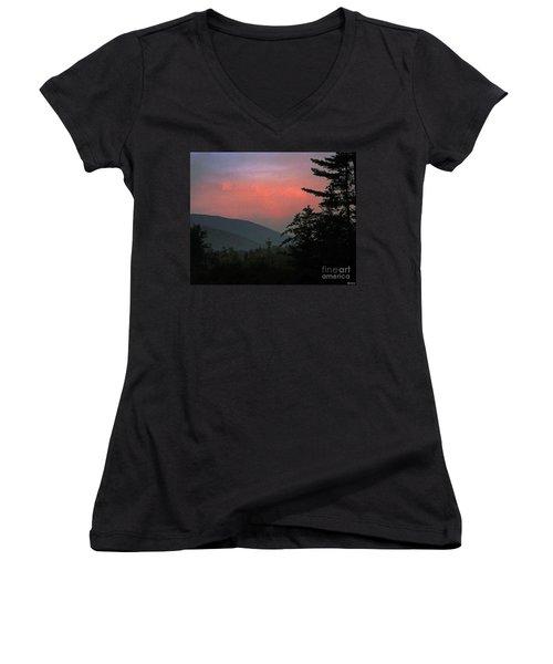 Clucks West Ossipee Mountain Sundown Women's V-Neck