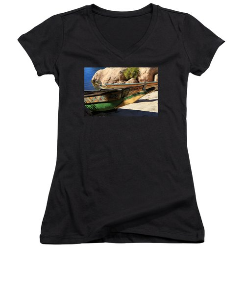 Colorul Canoe Women's V-Neck T-Shirt (Junior Cut) by Chris Thomas