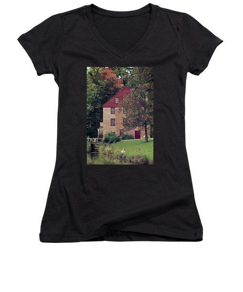 Colvin Run Mill Women's V-Neck T-Shirt