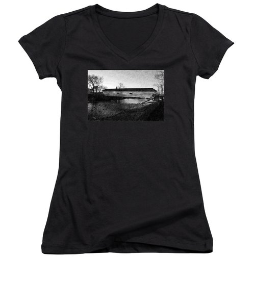 Covered Bridge Elizabethton Tennessee C. 1882 Women's V-Neck (Athletic Fit)