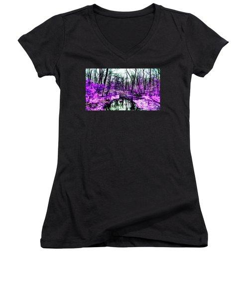 Creek By Purple Women's V-Neck