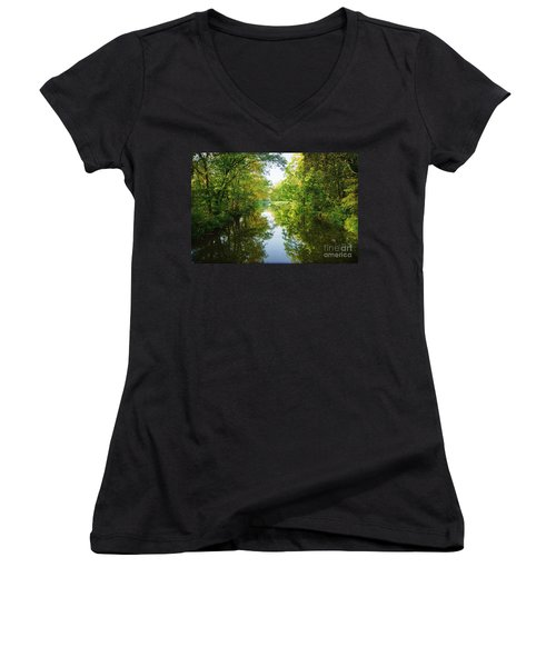 D And R Canal  Women's V-Neck