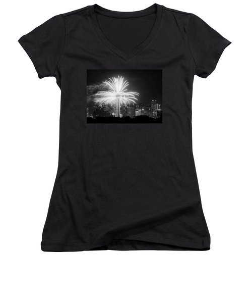 Dallas Reunion Tower Fireworks Bw 2014 Women's V-Neck T-Shirt
