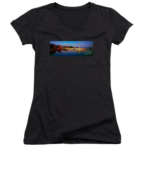 Daytona Beach Florida Inland Waterway Private Boat Yard With Bird   Women's V-Neck (Athletic Fit)