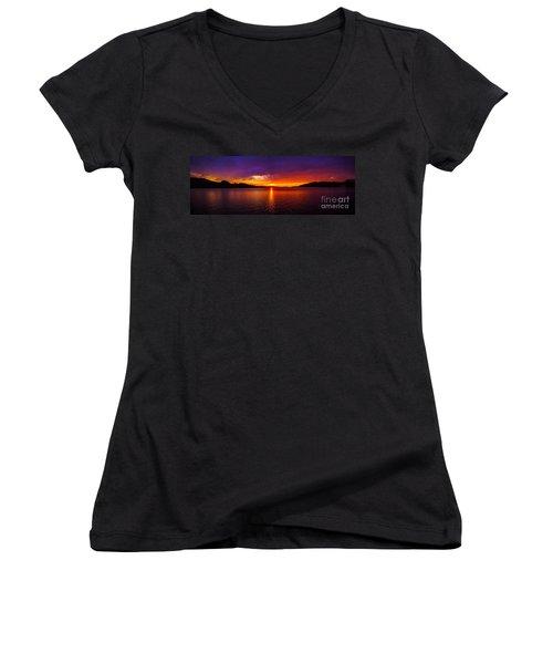 Dexter Lake Oregon Sunset 2 Women's V-Neck