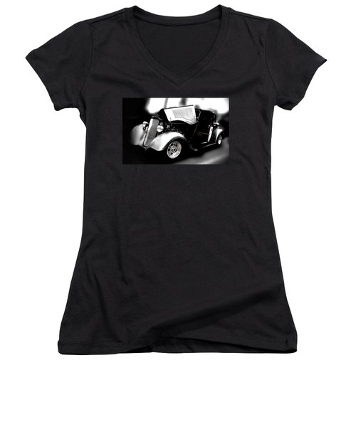 Aaron Berg Women's V-Neck T-Shirt (Junior Cut) featuring the photograph Dodge Power by Aaron Berg