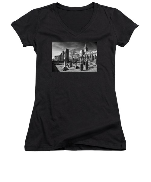 Dunfermline Palace And Abbey Women's V-Neck T-Shirt