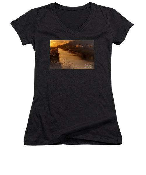 Dutch Landscape Women's V-Neck T-Shirt