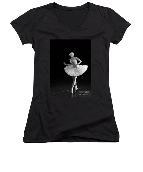 Dying Swan 3. Women's V-Neck