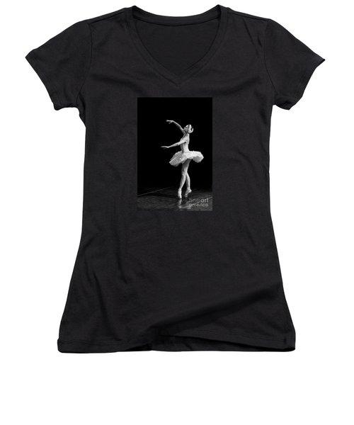 Dying Swan 8. Women's V-Neck
