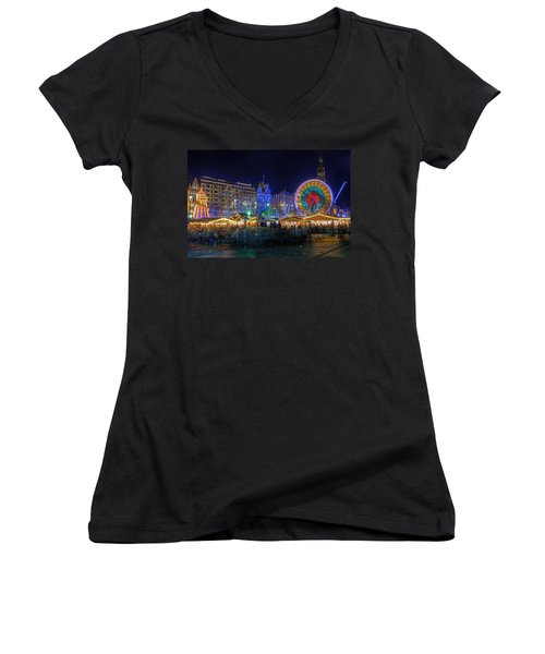Edinburgh Christmas Market Women's V-Neck (Athletic Fit)