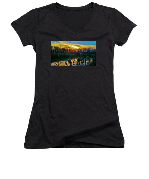 Emagin Sunset Women's V-Neck T-Shirt (Junior Cut) by Daniel Thompson
