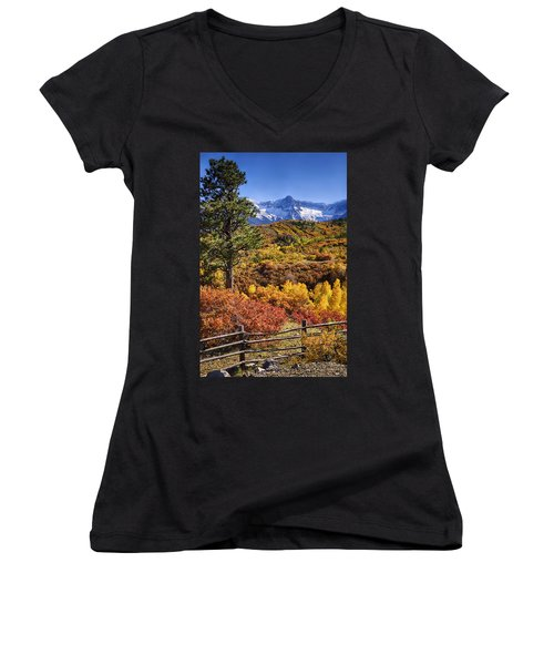 Fall At Dallas Divide Women's V-Neck T-Shirt