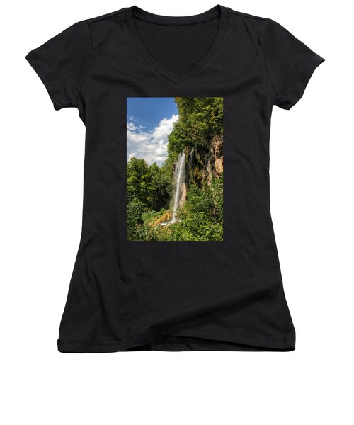 Falling Springs Falls Women's V-Neck