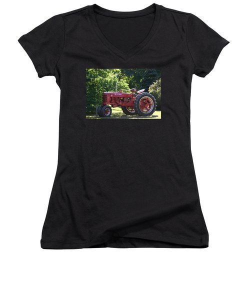 Farmall's End Of Day Women's V-Neck T-Shirt