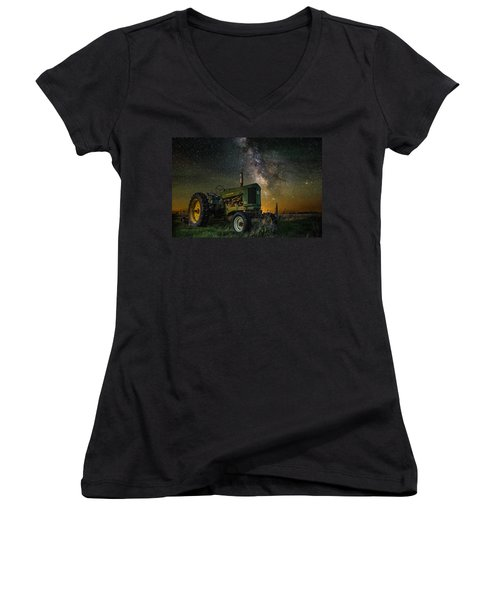 Farming The Rift 3 Women's V-Neck T-Shirt