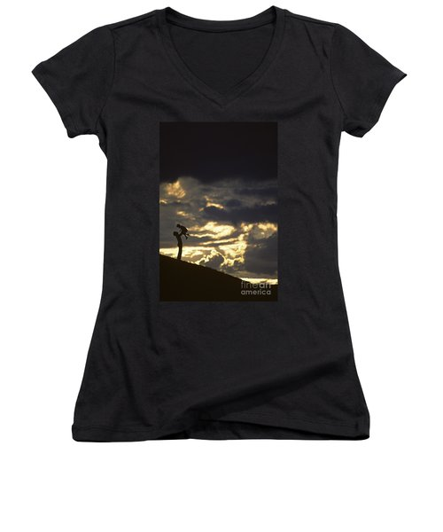 Father Holding Daughter Above His Head Along Hillside Silhouette Women's V-Neck T-Shirt