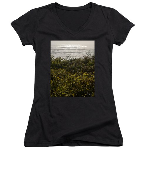 Flowers And The Sea Women's V-Neck T-Shirt