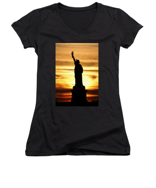 Statue Of Liberty Silhouette Women's V-Neck