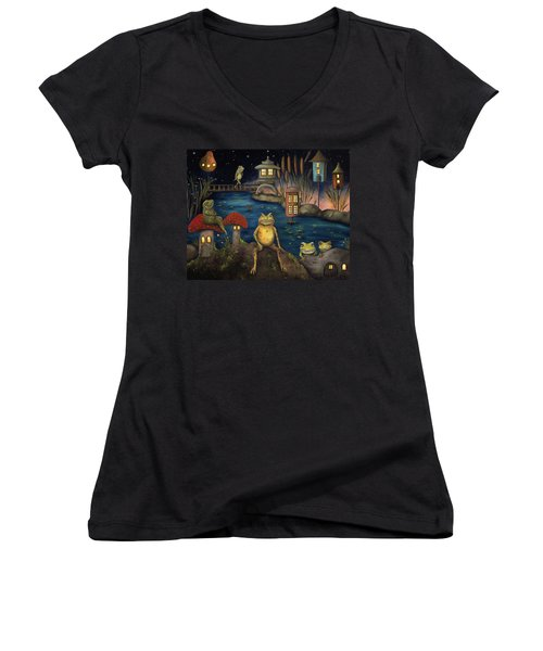 Frogland Women's V-Neck T-Shirt (Junior Cut) by Leah Saulnier The Painting Maniac