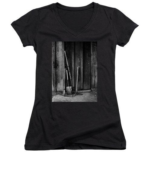 Gapo's Tools Women's V-Neck T-Shirt