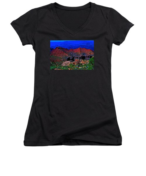 Grand Canyon Beauty Exposed Women's V-Neck (Athletic Fit)