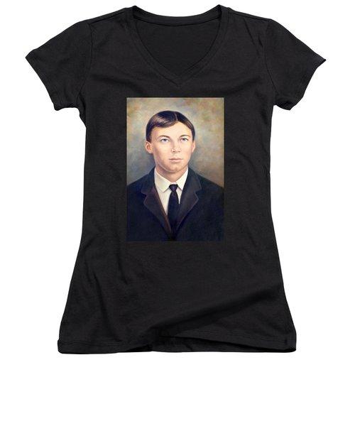 Grandfather Women's V-Neck T-Shirt
